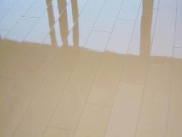 京都府京都市山科区東野駅近くのマンションでフロアコーティング