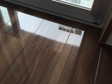 パナソニック電工の床材をフロアコーティング