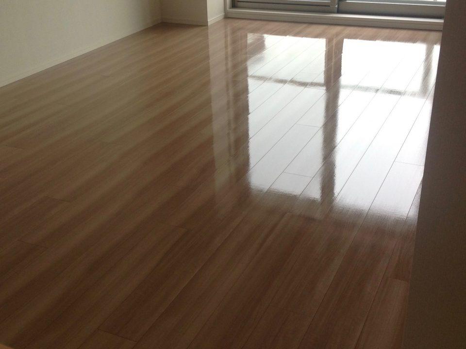 兵庫県神戸市須磨区山陽須磨駅近くのマンションでフロアコーティング